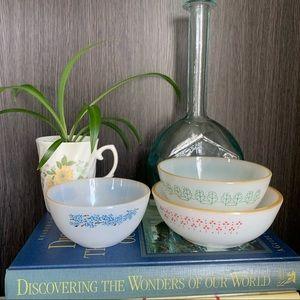 Set of 3 Termocrisa Vintage Milk Glass Bowls